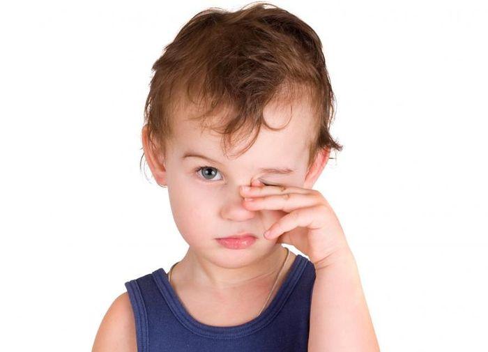 Ячмень на глазу у детей